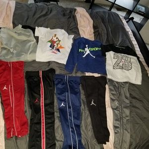 BOYS 9 PIECE JORDAN LOT SIZE 4